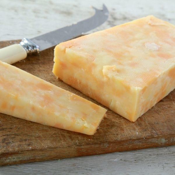 Fromage La trappe à fromage cheddar doux marbré 2kg - Lifestyle